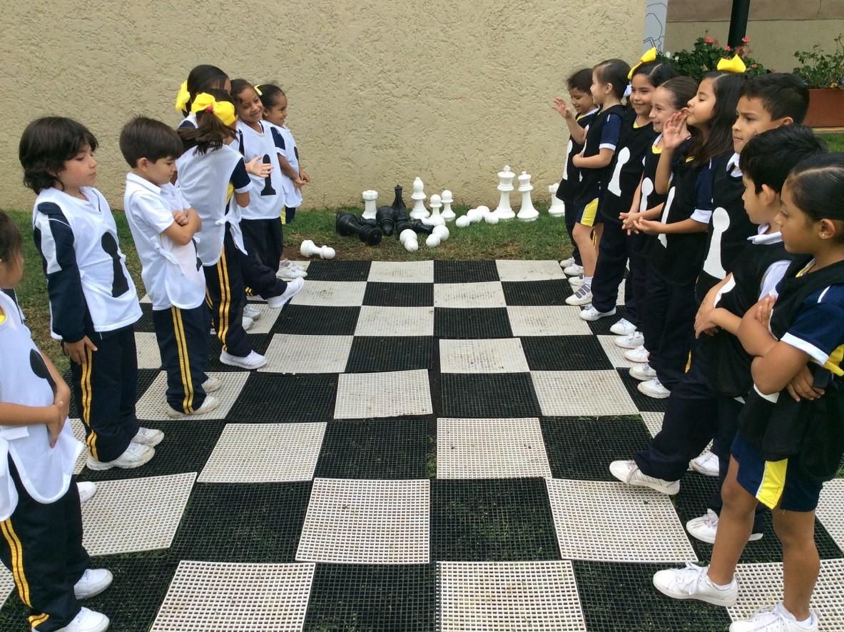 A jugar ajedrez